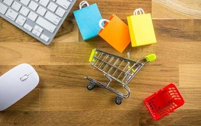 E-shopy snižují investice do reklamy o víc než 40 procent
