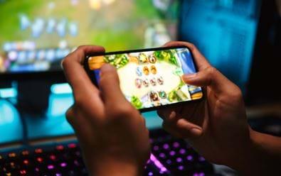Za mobilní hry utrácejí lidé o 40 % více než před pandemií