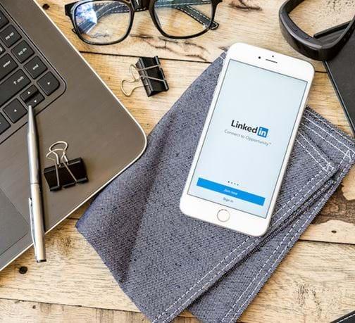LinkedIn přibližuje svou timeline Facebooku