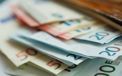 Agentury odhadují růst investic do médií v jednotkách procent