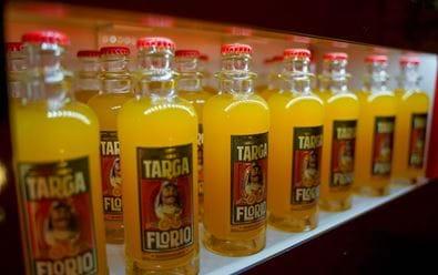Kofola uvádí vlastní značku prémiové limonády Targa Florio