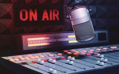Stát má čtyři roky na vyřešení rozhlasové digitalizace