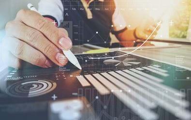 Výzkum: Tři čtvrtiny CFO přesunou část lidí na trvalý home office