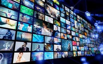 Televize loni doručily srovnatelný počet GRP