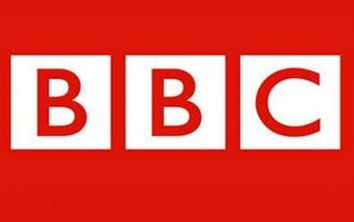 BBC propustí 450 lidí z britských televizních kanálů a rádií