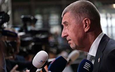 Analýza: Tituly Mafry se méně věnují sporným kauzám premiéra Babiše