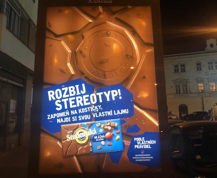Studentská pečeť uvádí nepravidelnou čokoládovou tabulku, foto: MediaGuru.cz.