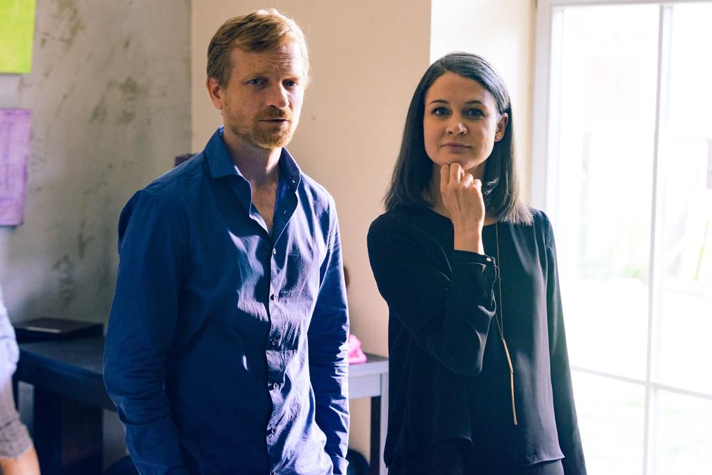 Matěj Hádek a Tereza Hofová v seriálu Dáma a Král, foto: TV Nova