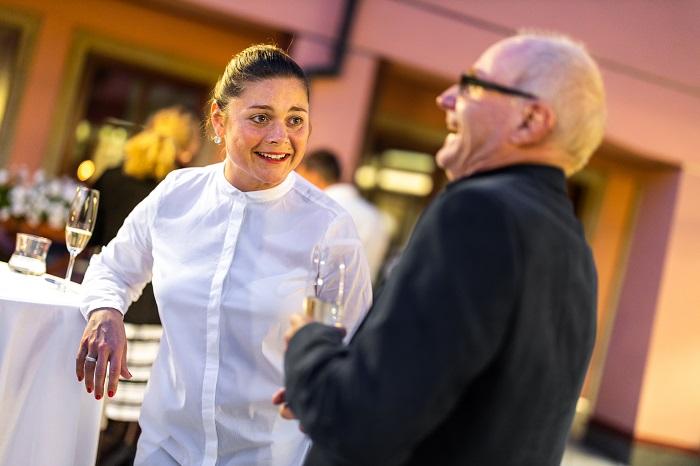 Milan Škoda, majitel Centra FotoŠkoda ve Vodičkově ulici, v hovoru s Lucií Barchánkovou z ČPP Servis, foto: Choice