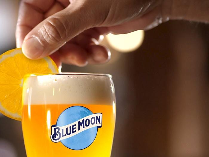 Americká značka řemeslného piva Blue Moon vstupuje na český trh, zdroj: Pivovary Staropramen.