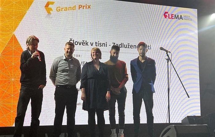 Zástupci nadace Člověk v tísni a agentury Wavemaker Czech na vyhlášení, foto: MediaGuru.cz