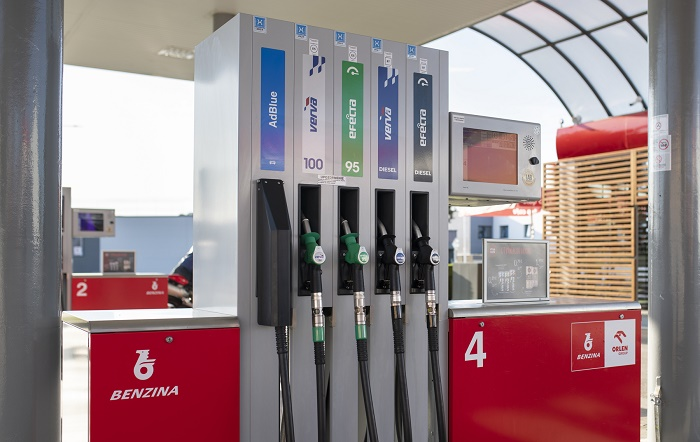 Spojené logotypy společností Benzina a Orlen se objeví i na výdejních stojanech, zdroj: Unipetrol.