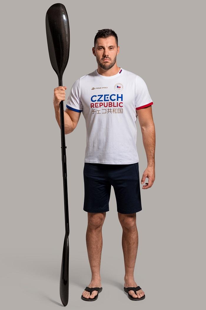 Na prsou budou mít olympionici nápis Czech Republic a japonský ekvivalent, zdroj: Alpine Pro.