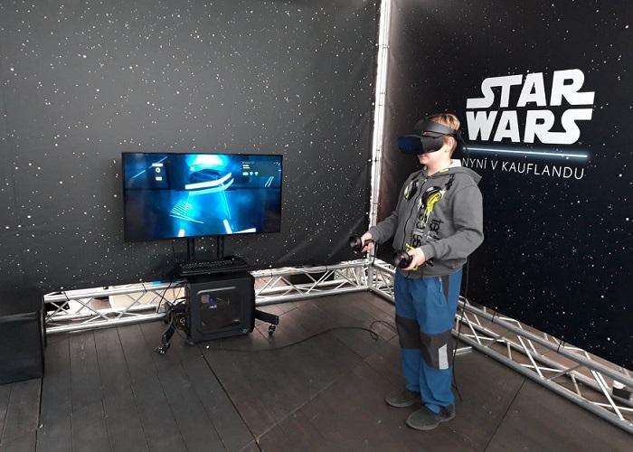 Ve virtuální realitě si návštěvníci vyzkoušeli bojové dovednosti, foto: Mediaguru.cz