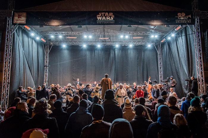 Závěr akce uzavřel koncert hudby z filmové ságy, foto: Kaufland