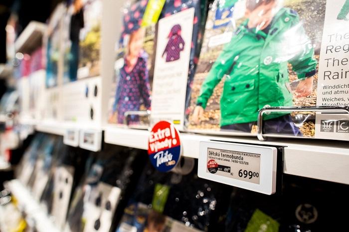 Elektronické cenovky používá Tchibo od roku 2017 úspěšně na všech prodejnách, zdroj: Tchibo