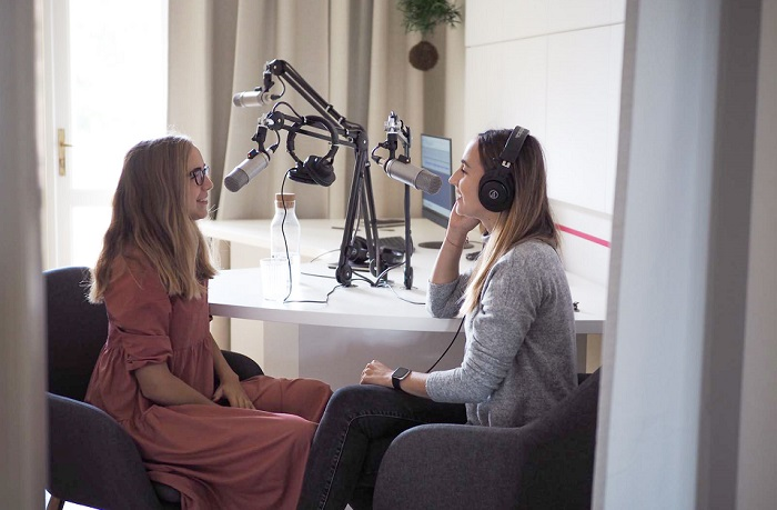 Nově mají v Elite Bloggers Hubu i podcastové studio, protože očekávají letos nárůst zájmu o tuto platformu, zdroj: Elite Bloggers