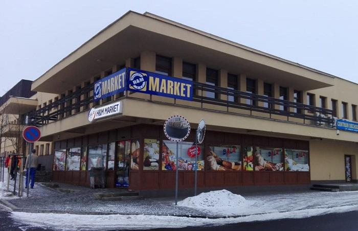 Takto vypadala prodejna v Jiřetíně pod Jedlovou před změnou, zdroj: Bala