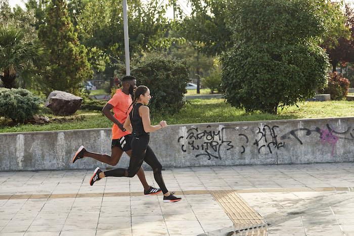 Cílem kampaně značky Adidas je představit i nový model SL20, zdroj: Adidas.