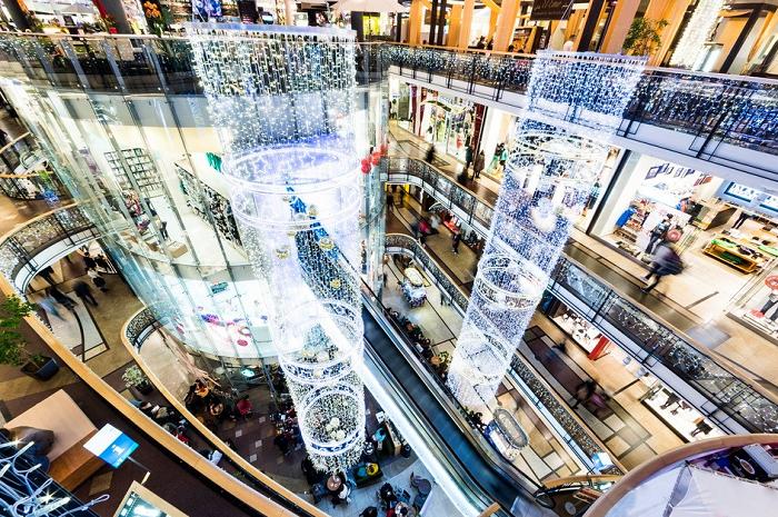 Zavřené obchody musí obchodním centrům stále platit nájemné, až 70 % očekává, že se dostanou do insolvence, zdroj: FB Palladium