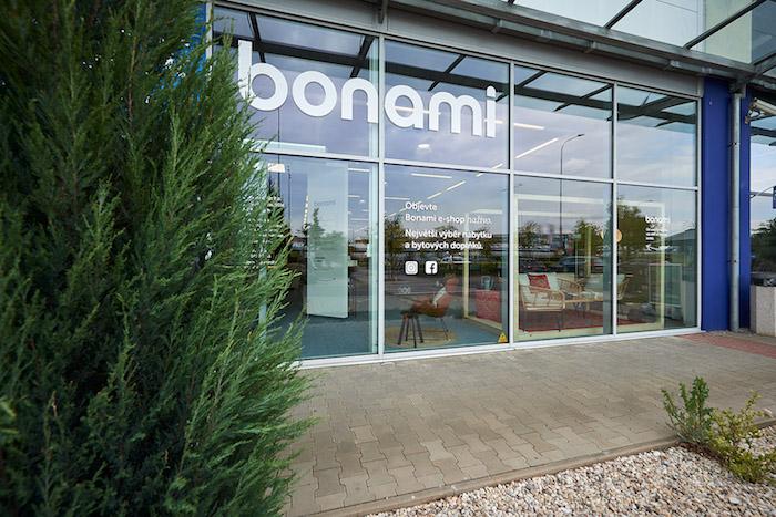 Bonami otevírá svůj první kamenný obchod na Černém Mostě v Praze, zdroj: Bonami.
