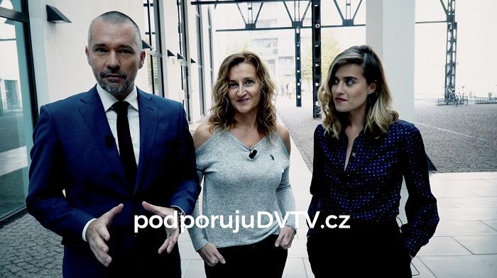 Martin Veselovský, Daniela Drtinová a Emma Smetana v crowdfundingové kampani DVTV.