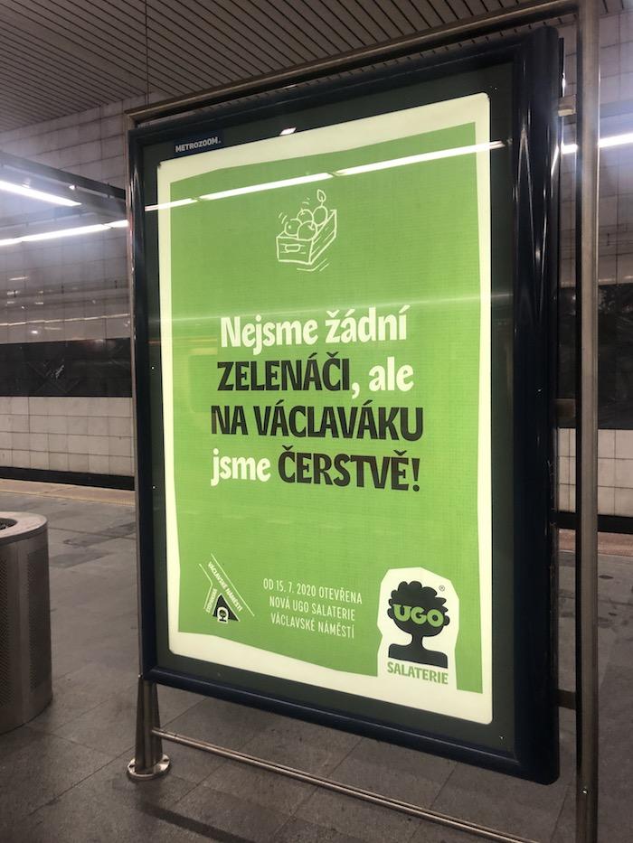Na novou provozovnu, jejíž přestavbu zajistilo studio Archicraft, UGO upozorňuje reklama, například i v pražském metru, foto: MediaGuru.