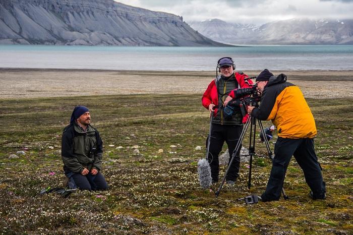 Čeští vědci v tající v Arktidě