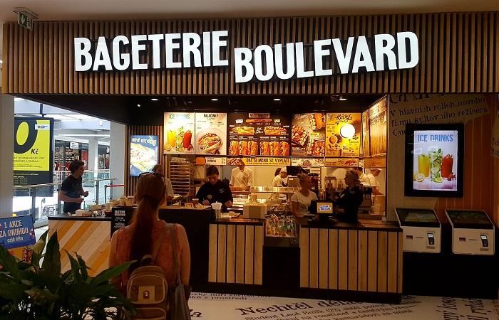 V OC IGY v Českých Budějovicích je již celkově 44. pobočka řetězce v ČR, zdroj: Bageterie Boulevard