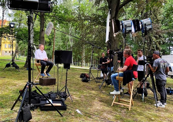 Natáčení dokumentu Česko-19, zdroj: TV Nova