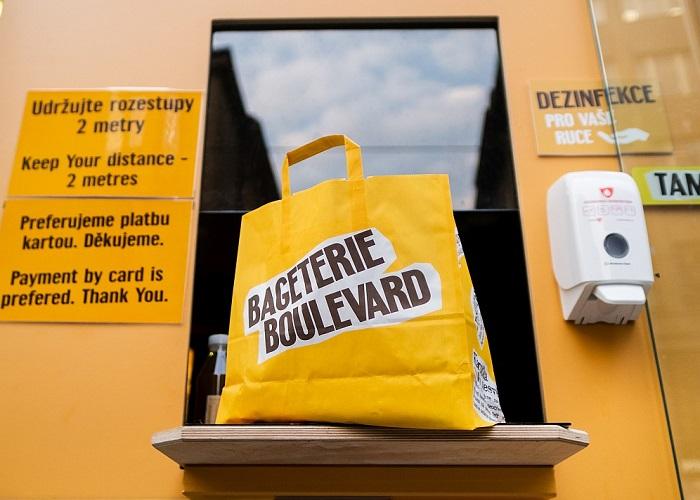 Výdejní okénka byla v případě Bageterie Boulevard dočasným řešenímm zdroj: Bageterie Boulevard