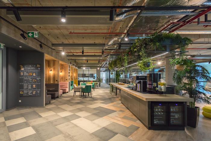 Důraz se dává na moderní design, zdroj: Scott.Weber Workspace.