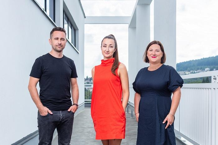 Tým Datart, zleva: Marek Ingr, vedoucí marketingové komunikace, Žaneta Kubíčková, brand manažerka, Lenka Mastešová, ředitelka marketingové komu, zdroj: Datart