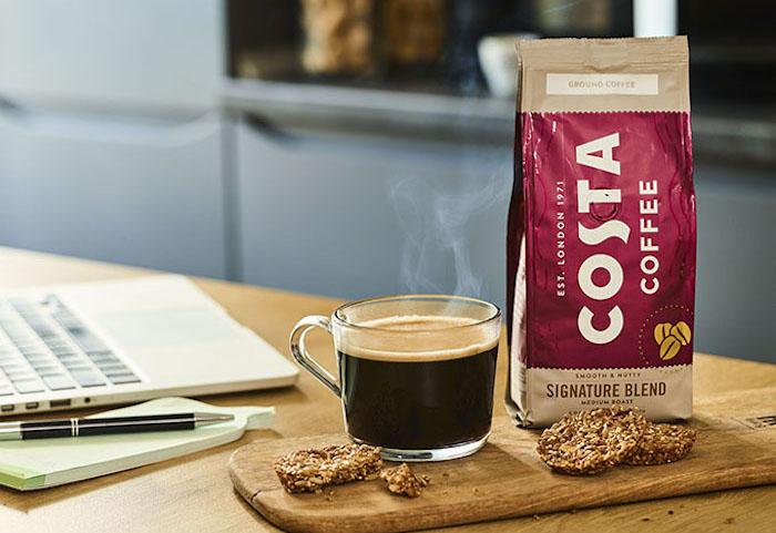 Costa Coffee vstupuje se svou nabídkou kávy i do retailu, zdroj: Coca-Cola HBC.
