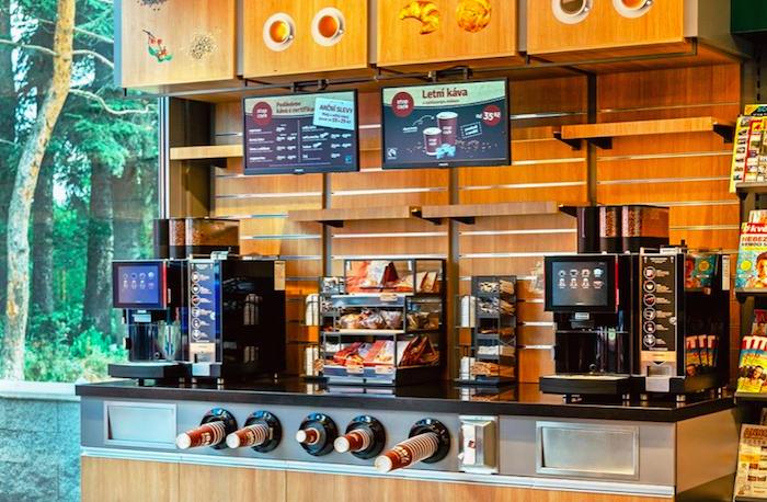 Menu Stop Cafe 2.0 na LED obrazovkách, foto: Benzina