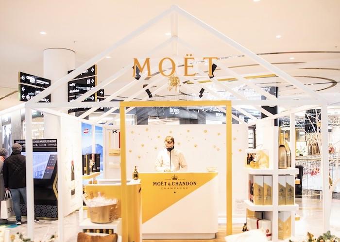 Šampaňský dům Moët & Chandon otevřel v OC Chodov během vánočního období, zdroj: Moët & Chandon