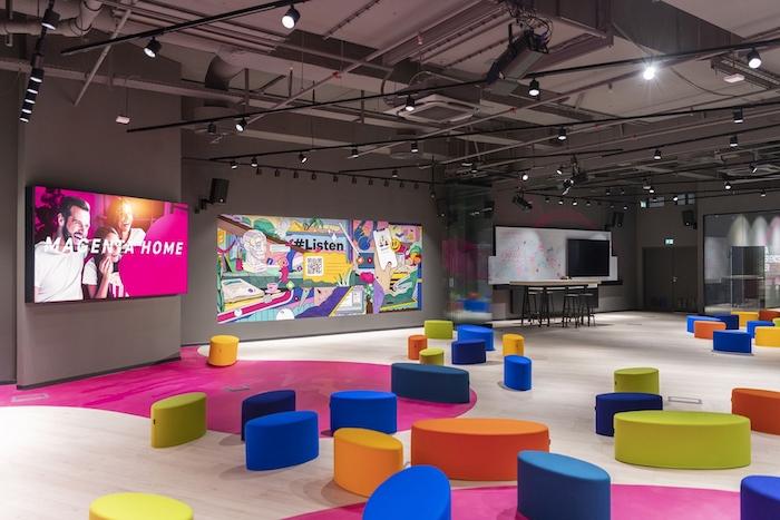 V zóně EasyEdu budou probíhat přednášky, workshopy i akce pro děti, zdroj: T-Mobile.