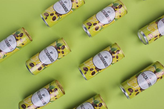 Plechovka nového nápoje Mazagrande od Tchibo, foto: Cocoon
