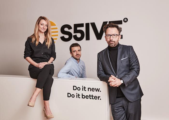 Scholz&Friends se mění, vedení agentury nikoliv (zleva): Barbora Hájková, Lazo Raftovski a Tomáš Kopečný, zdroj: S5IVE.