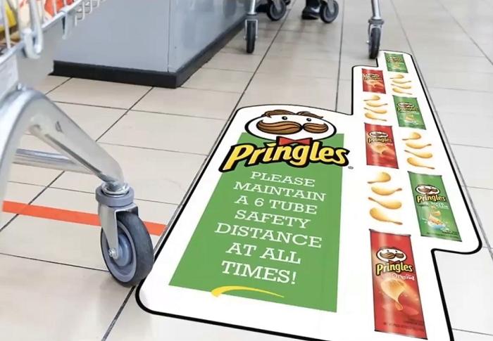 Dodržujte rozestup na vzdálenost šesti krabiček Pringles, radí výrobce, zdroj: Popai UK&Ireland
