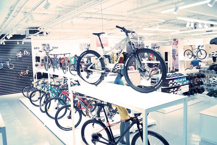 Prodejny Bikero jsou ještě v Hradci Králové a na Praze 7, letos plánuje otevřít dvě další.