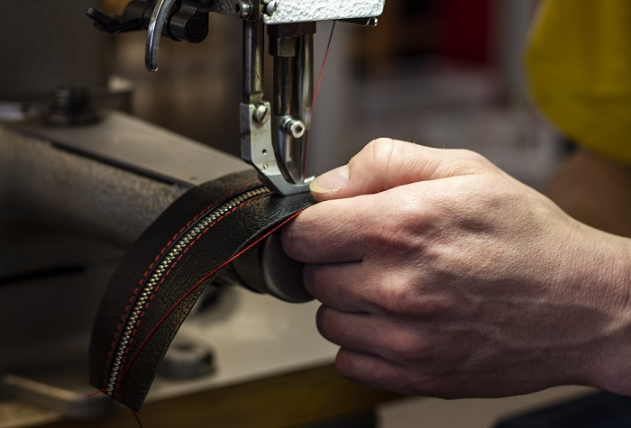 Nově začne firma vyrábět organizéry a další home decor, následně pak také boty na míru, zdroj: Brašnářství Tlustý