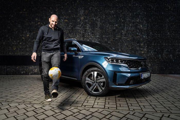 Jan Koller se stal ambasadorem automobilky Kia letos na jaře, zdroj: Kia Motors Czech.