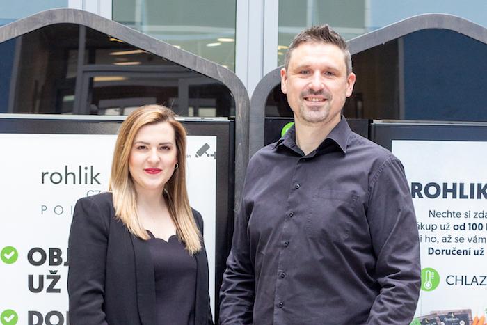 Denisa Morgensteinová a Lukáš Antoš nastupují do online supermarketu Rohlík, zdroj: Rohlík.