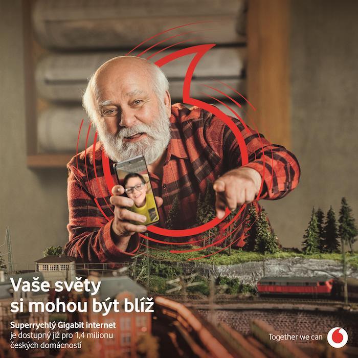 Klíčový vizuál nové kampaně značky Vodafone i s novým prvkem loga, zdroj: Vodafone