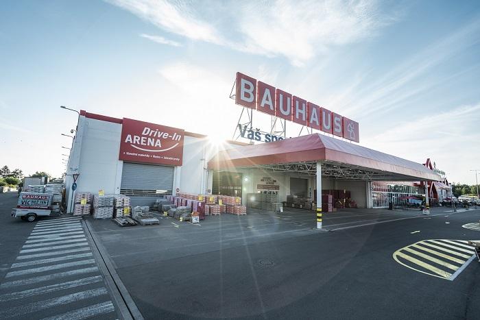 Koronavirová krize přinesla výrazný nárůst prodejů přes Drive-in zónu, zdroj: Bauhaus