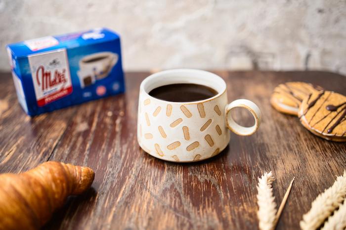 Melta nabízí vedle klasické varianty také balení porcované v sáčcích či instatní, zdroj: Kávoviny.