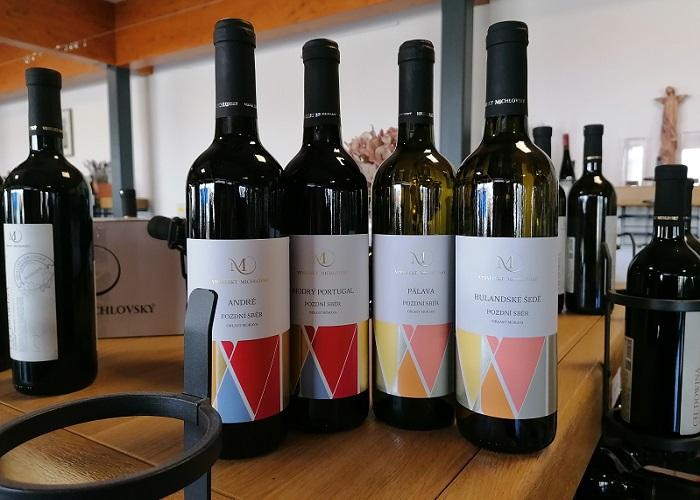 Nové etikety se objeví i na vínech v řetězcích Albert, Kaufland, Penny Market nebo Billa, zdroj: Vinselekt Michlovský