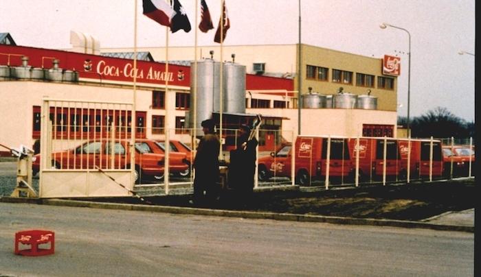Státní podnik přebírá Coca-Cola Amatil