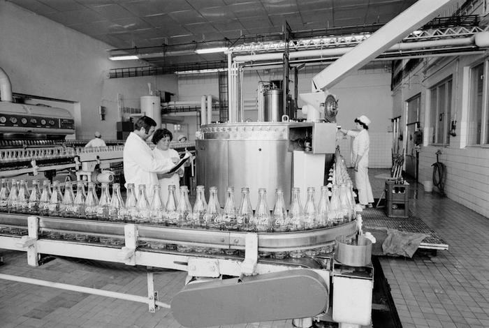 Výroba Coca-Cola v 70. letech, zdroj: Coca-Cola